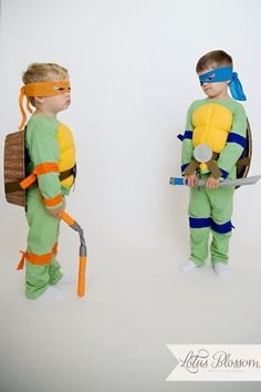 Easy, DIY Teenage Mutant Ninja Turtle Costumes (TMNT)!