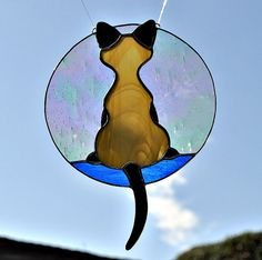 Kitty in the Window por TransparentDreams en Etsy Faux Stained Glass, Stained Glass Designs, Stained Glass Panels, Stained Glass Projects, Stained Glass Patterns, Leaded Glass, Mosaic Glass, Fused Glass, Tiffany