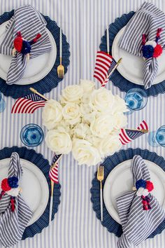 Fourth of July Table - Fashionable Hostess - Set the Table for of July I am thrilled to share the tablescape I created for this year's - Fourth Of July Decor, 4th Of July Celebration, 4th Of July Decorations, 4th Of July Party, 4th Of July Wreath, 4. Juli Party, Memorial Day, Fashionable Hostess, July Wedding