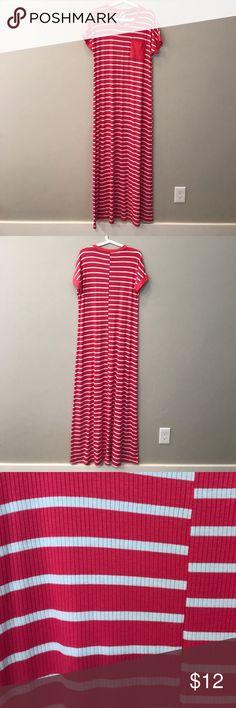 🎉CLEARANCE🎉 Pink stripe Maxi Pink striped Maxi Dresses Maxi