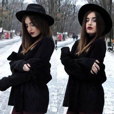 Eram atât de nerăbdătoare să văd zăpadă, să simt că e iarnă, îmi era dor să simt cum mi se topesc fulgii de nea pe față în timp ce mă plimbam prin oraș si sa o admir, din geam, cum se depune, în ti…