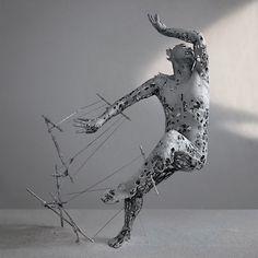 Yuichi Ikehata lässt mit seinen Skulpturen Erinnerungen verblassen   Je nachdem, aus welchem Material sie besteht, braucht eine Skulptur ein Gerüst. Bei Lehm und Pappmaché ist dieses meist aus Draht und verbirgt s...