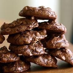 Dark Chocolate, Walnut And Golden Raisin Cookies (via www.foodily.com/r/nKGZlUqzI-dark-chocolate-walnut-and-golden-raisin-cookies-by-joy-the-baker)