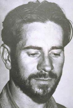 """John Steinbeck - Escritor → """"La uvas de la ira""""."""