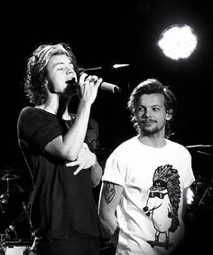 Harry and Louis 2013 Larry Stylinson, Louis Tomlinsom, Louis And Harry, One Direction Harry, One Direction Pictures, Foto Twitter, Foto One, Larry Shippers, Harry 1d