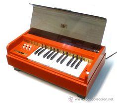 ANTIGUO ÓRGANO PIANO TECLADO ELÉCTRICO MAGNUS ORGANS - VINTAGE ORIGINAL AÑOS 60 70 FUNCIONANDO