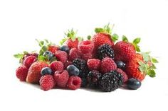 New research shows that berries might improve brain function. Choose a healthy variety of berries to snack on during those stressful test weeks. Kidney Recipes, Raw Food Recipes, Kidney Foods, Kidney Health, Natural Gout Treatment, Foods Good For Kidneys, Healthy Kidneys, Healthy Eating, Eating Vegan