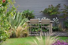 Einen kleinen Garten zu haben, bedeutet nicht, diesen nicht in vollem Umfang nutzen und nach eigenem Geschmack gestalten zu können.