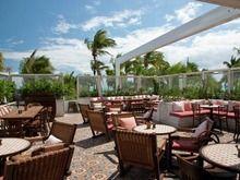 Exclusive Hotel Interior Design of Soho Beach House Miami Beach, Club Bar Soho Beach House Miami, Miami Beach, Soho House Berlin, Luxury Interior, Interior Design, Luxury Bar, Florida Hotels, Art Deco Buildings, Hotel Interiors