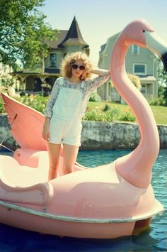"caption was ""♥ OVERALLS"" but am I the only one that was like ""FLAMINGO!!!!"""