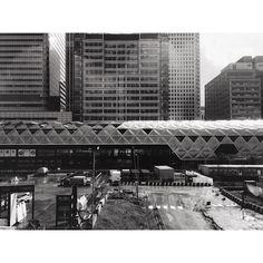 Crossrail Place #fosterandpartners #metropolis #london #architecture #structure #city #vsco #vscocam by atillatasan