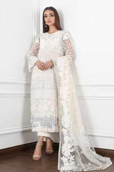 Latest Pakistani Dresses, Latest Pakistani Fashion, Pakistani Wedding Dresses, Pakistani Dress Design, Latest Fashion Trends, Designer Wear, Designer Dresses, Medium Size Shirt, Pastel Color Dress
