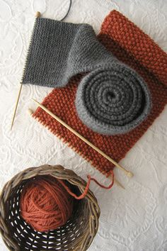 love this stitch. moss stitch and using little needles. seed & garter ~ Sweetnellie