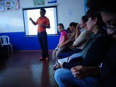 el Director felicita a los docente y nos invita a realizar nuestra labor con mucho entusiasmo y motivacion.