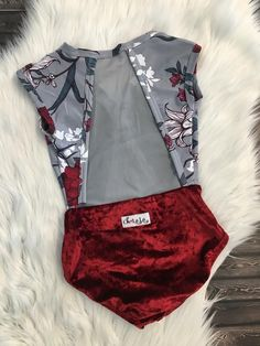 >>>Cheap Sale OFF! Ballet Costumes, Dance Costumes, Dance Outfits, Cute Outfits, Ballet Wear, Pullover Shirt, Ballet Clothes, Look Girl, Figure Skating Dresses