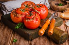 How To Help Keep Family Members Recipes - My Website Summer Grilling Recipes, Summer Recipes, Stuffed Mushrooms, Stuffed Peppers, Stuffed Tomatoes, Tomato Season, Tomato Sandwich, Grilled Tomatoes, Fruit Shakes