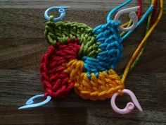 Crochet spiral stitch. Okay, I don't crochet YET, but if I DO, this would be a great project.  :)