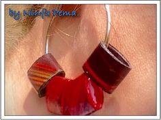 Papar bead earrings by Ninfa Pema. Red paper diy creation.