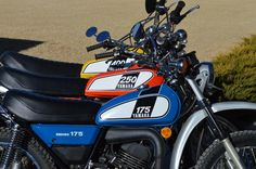 markc6 uploaded this image to '1975 DT175B'.  See the album on Photobucket.