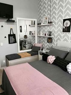8 Teen Bedroom Theme Ideas That's So Great! - Hoomble - Designing a teen bedroo. - 8 Teen Bedroom Theme Ideas That's So Great! – Hoomble – Designing a teen bedroom can be a ha - Bedroom Themes, Home Decor Bedroom, Bedroom Ideas, Diy Bedroom, Bed Ideas, Bedroom Furniture, Bedroom Wardrobe, Small Bedrooms, Master Bedrooms