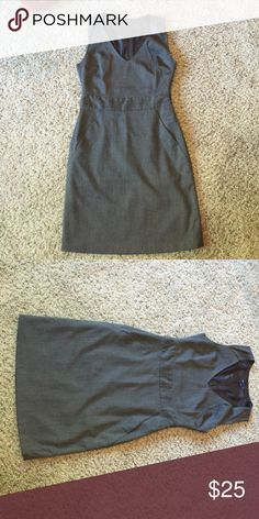 Gap - Size 4 Dress with Pockets Gray dress with pockets - worn one time GAP Dresses Mini