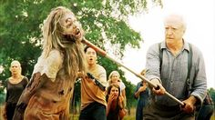 One more reason to stay near a veterinarian during a zombie apocalypse-knows how to use a choke pull!