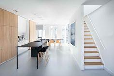 2 minimál design stílusú lakás ami mégis teljesen különböző,  #design #fa #fehér #ház #japán #kontraszt #lakás #lakberendezés #lépcső #minimal #minimalista #nappali #stílus #svéd #világos #dizájn #skandináv #sötét #Tokyo #tölgy, https://www.otthon24.hu/2-minimal-design-stilusu-lakas/
