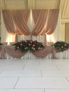 Wedding Stage Backdrop, Wedding Hall Decorations, Ceremony Backdrop, Wedding Arrangements, Wedding Centerpieces, Pipe And Drape Backdrop, Wedding Staircase, Creation Deco, Backdrops For Parties