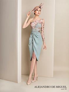 Stylish Dresses, Elegant Dresses, Beautiful Dresses, Vintage Dresses, Classy Dress, Classy Outfits, Dress Outfits, Fashion Dresses, Modelos Fashion