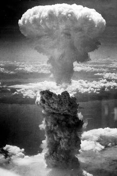 This week marks the anniversary of the first use of nuclear weapons on Hiroshima and Nagasaki on 6 & 9 August. In 1945 the death toll in Hiroshima was estimated at between - and in Nagasaki between and 70 years on - nine countries, including the UK, . Bomba Nuclear, Nuclear Bomb, Nuclear War, Hiroshima E Nagasaki, Friedrich Dürrenmatt, First Atomic Bomb, Mushroom Cloud, Doomsday Clock, Harry Truman