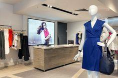 Современный дизайн магазина женской одежды David Lawrence