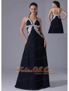 Halter Apliques Decorate Bust Navy Blue Prom Dress With Floor-length In Bethel Connecticut- $159.16  www.fashionos.com  prom dress on sale | floor length prom dress | free shipping all over the world | inexpensive prom dress | custom made prom dresses | online prom dress store | fitted and sexy dress | strapless evening dress | perfect evening dress | prom dress at discount |