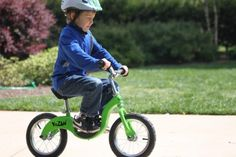 The perfect toddler or preschooler bike. Kids learn to ride, and gain balance and coordination, without having to use training wheels! Balance Bike, Bike Reviews, Kids Wear, Cool Toys, Kids Learning, Your Child, Helmet, Preschool, Bicycle