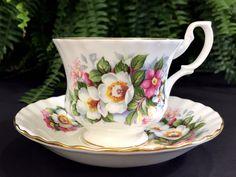 """Royal Albert Summertime Series Teacup """"Woodborough"""", Bone China Tea Cup and Saucer -K"""