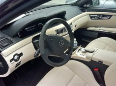 Mercedes-Benz S-classe (W221, S 63 AMG). © Eric Lund (Photo taken at the AMG Headquarter in Affalterbach, Germany, 2012.)
