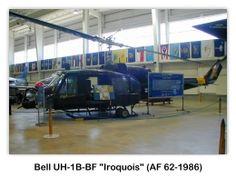 Bell UH-1B-BF Iroquois (AF 62-1986) en el USS Alabama (BB-60) Battleship Park, Mobile, Alabama
