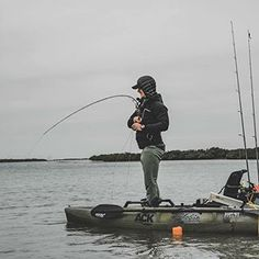 A great moment, captured. #Kayakfishing is a mix of taking in the solitude, enjoying the paddle/pedal and the thrill of the catch(es). What do YOU love about it? Hope you're out celebrating today for National #KayakFishingDay! 🙌🏽