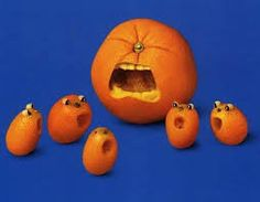 Food Design At Its Best: 40 Extraordinary Examples Of Edible Art Rebecca Really cool carving of an orange. L'art Du Fruit, Fruit Art, Fruit Food, Veggie Art, Fruit And Vegetable Carving, Funny Fruit, Funny Food, Food Sculpture, Fruit Sculptures