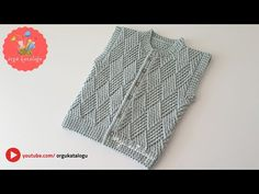 Let's learn together your own fashion accessories, basic and other creative points, techniques and tips to learn or develop the art of crochet and kni. Baby Boy Vest, Baby Cardigan, Baby Boys, Baby Knitting Patterns, Baby Patterns, Tailoring Classes, Knit Vest Pattern, Cardigan Design, Knit Baby Sweaters