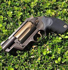 Weapons Guns, Guns And Ammo, Taurus Judge, Reloading Supplies, Shooting Equipment, Cool Guns, Big Daddy, Self Defense, Firearms