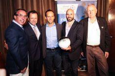 Emilio Azcárraga Jean, Vik Muniz, Jurgen Griesbeck, Juan Rendón y Nanko van Buuren en el lanzamiento oficial de #ThisIsNotABall. Juntos por #pasaelbalon.