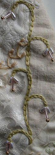 Chain Stitch Vine
