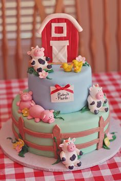 Farm Party cake. Barn, fence and chickens cows and pigs