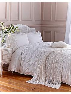 Shabby Chic Vintage pintuck bedlinen in cream #white #bedroom #shabbychic #homeware #HOFatHOME