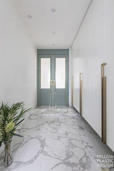 Home interior doors rugs 37 ideas Home Bar Sets, Bars For Home, Home Design Plans, Home Interior Design, Pantry Interior, Interior Doors, Declutter Home, Door Rugs, Simple Wall Art