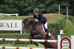 Rolf-Göran Bengtsson gewinnt GCT Etappe in Chantilly. Hier mehr: http://reiterzeit.de/turnierergebnisse-reitsport/jumping-chantilly/#news1