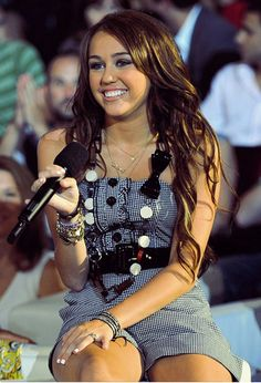 miley cyrus 2009 | Miley Cyrus Live Chat Sunday July 5, 2009