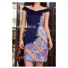 Batik                                                       … African Print Fashion, Ethnic Fashion, Fashion Prints, Fashion Design, Batik Blazer, Blouse Batik, Mode Batik, Batik Kebaya, Batik Fashion