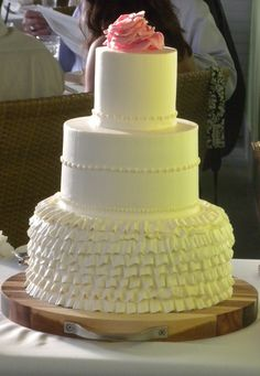 White ruffles for this elegant Kauai wedding cake at @PGrestaurant
