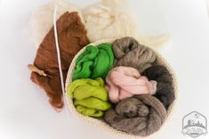 Needle Felting, Bean Bag Chair, Imagines, Home Decor, The World, Fabrics, Sewing, How To Make, Little Cottages